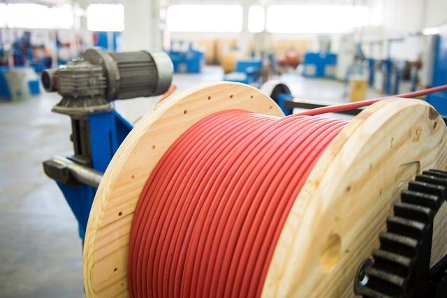 Spina group annuncia l avvio della terza unita produttiva for Unita di capacita per condensatori elettrici