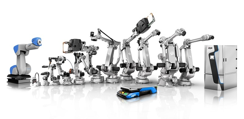 Comau Robot Family Magazine Qualità
