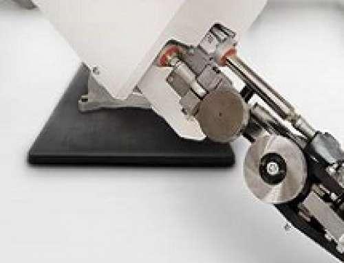 Comau lancia un rivoluzionario processo di graffatura per la produzione di veicoli elettrici e leggeri